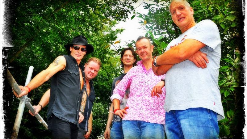 Live - The Marshalls