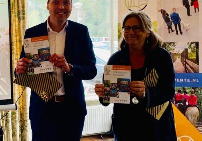 Toeristisch Magazine Hof van Twente 2019 gepresenteerd tijdens aftrap toeristisch seizoen!
