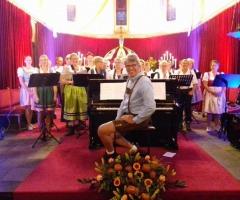Oktoberfeest Gerardus Majella kerk Overdinkel