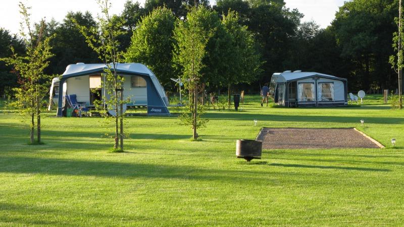 Mini-camping en appartementen De Veldzijde