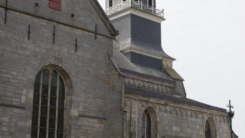 Het huis tussen kerk en klooster twentelogies - Tussen huis ...
