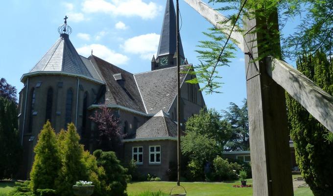 Openstelling St. Plechelmuskerk en kasteeltuin