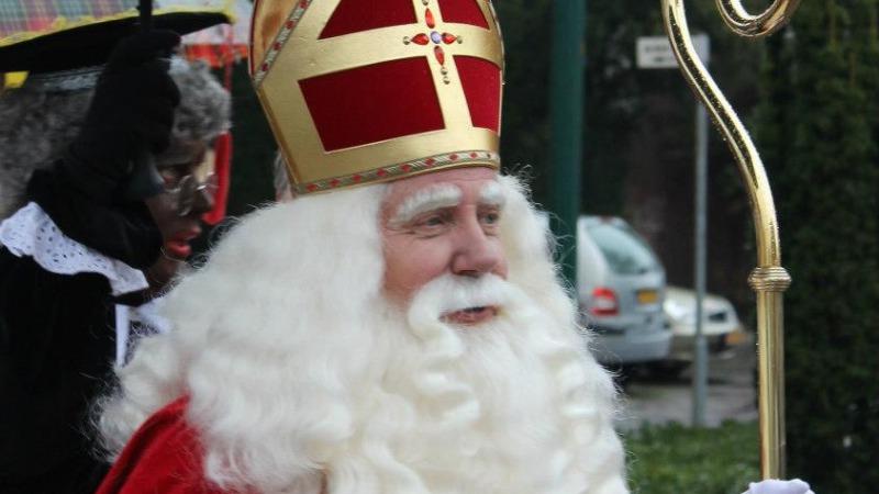 Sinterklaasintocht en koopzondag in Losser