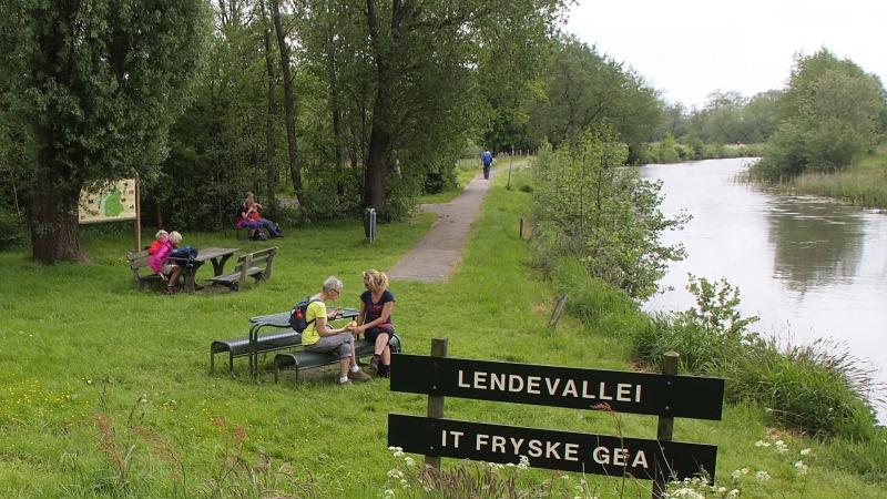 Friese Waterlinie wandel2daagse 20 en 21 mei
