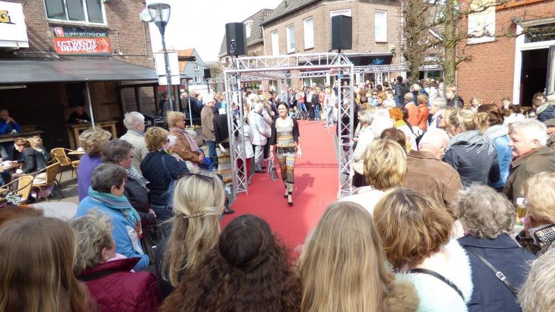 Modeshow in Denekamp