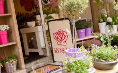 Bloemstylist Rosas