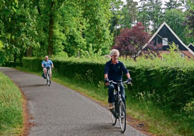 Fietsen in  Twente, dwars door het groen