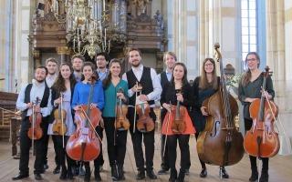 Strijkorkest Libero in Ontmoetingskerk Vriezenveen