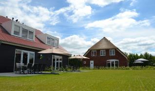 Residence de Weerribben: vakantiehuizen voor grote groepen van 8 tot 24 personen