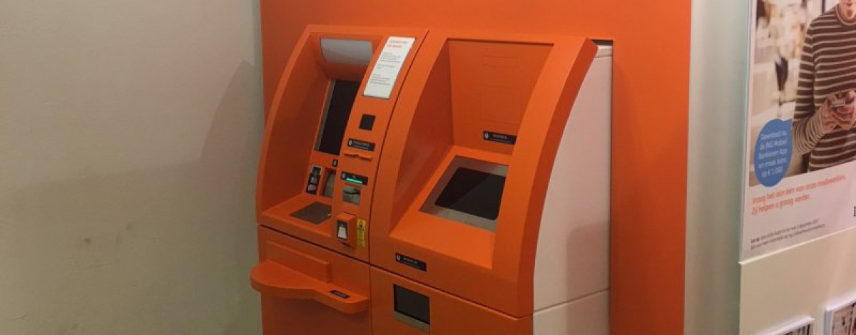 Banken und Geldautomaten