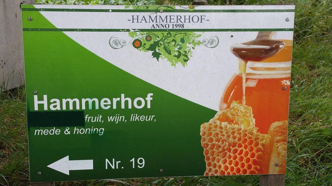 Honing bij Hammerhof