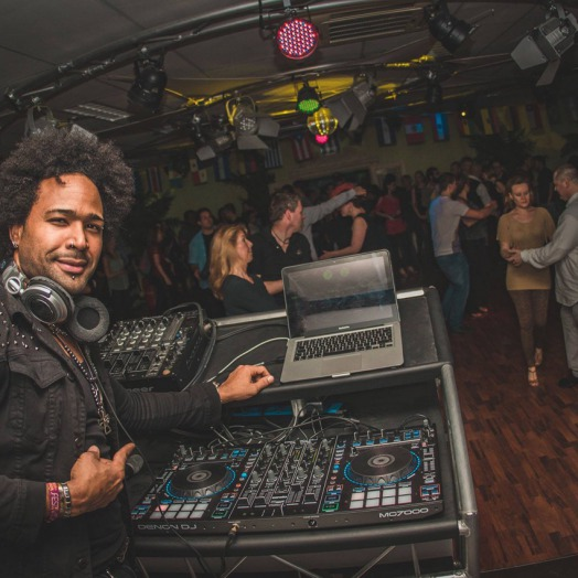 DJ Luis Paulino / DJ Tinta
