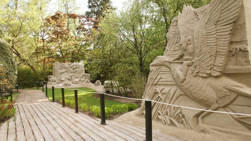 Zandsculpturen en 3D Streetart