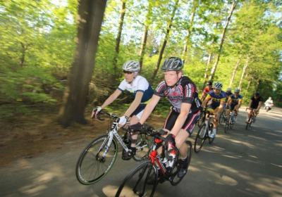 Wielrenners welkom in Twente. Nieuw toerfietsnetwerk geeft ruimte aan sportieve fietser