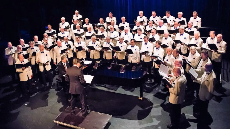 Groot Mannenkoor Zwolle i.s.m. Vocal Group On-Cue