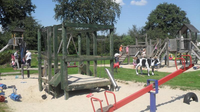 Kinderspeelboerderij `t Höfke