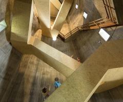 Beklim de watertoren in Sint Jansklooster