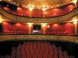 Theaters & podia
