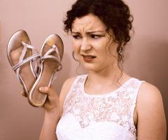 Theater: Bruiloft op slippers