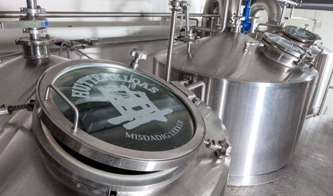 Misdadig lekker bier van Huttenkloas Brouwerij komt thuis