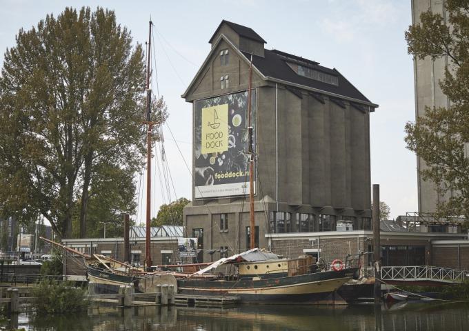 Hip happen in de oude haven van Deventer