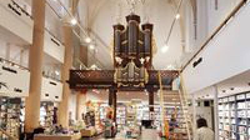 """Kerk """"de Regenboog"""""""
