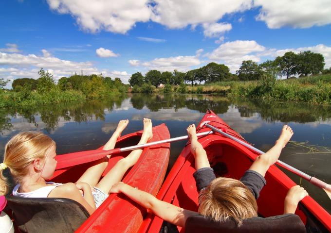 Ervaar het verrassend mooie Reggedal met de boot, fiets of ter voet.