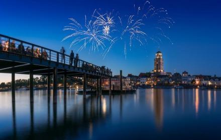 Deventer telt af!  Vuurwerkshow Deventer