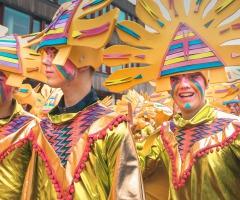 Der große Karnevalsumzug von Twente