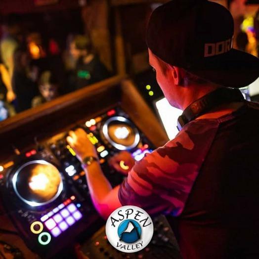 DJ Oytiz en DJ Dorato
