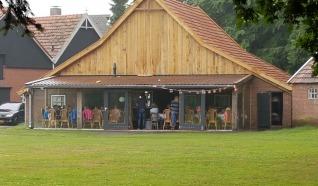 Kampeerboerderij De Roezeberg