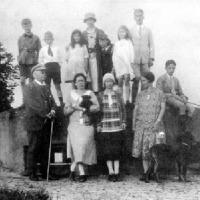 De familie van Wuffelen Palthe bij de koepel (1925)