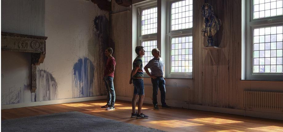 Kunstschatten delen met een groot publiek, zoals hier in het Rijksmuseum Twente, daar hou ik van.