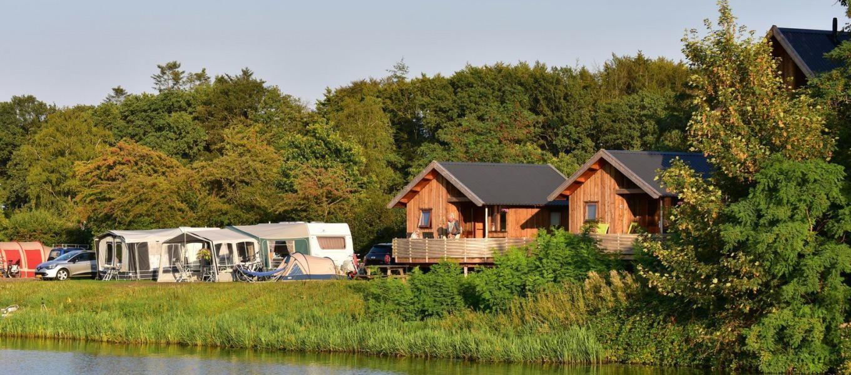 Camping de Koeksebelt - Cottages aan rivier de Vecht