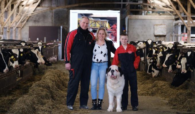 Neem een kijkje bij Erve Broam: de boerderij van familie Scholten Linde