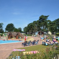 Buitenzwembad camping de Molenhof