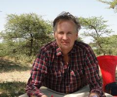 """Boeklezing roman """"Suikerbastaard"""" door schrijver Jaap Scholten"""