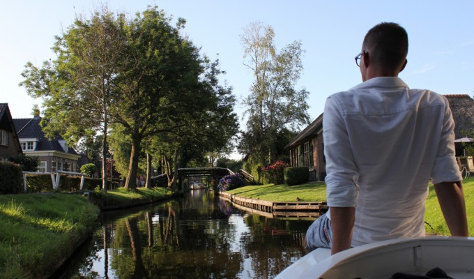 Getting through corona together - Giethoorn
