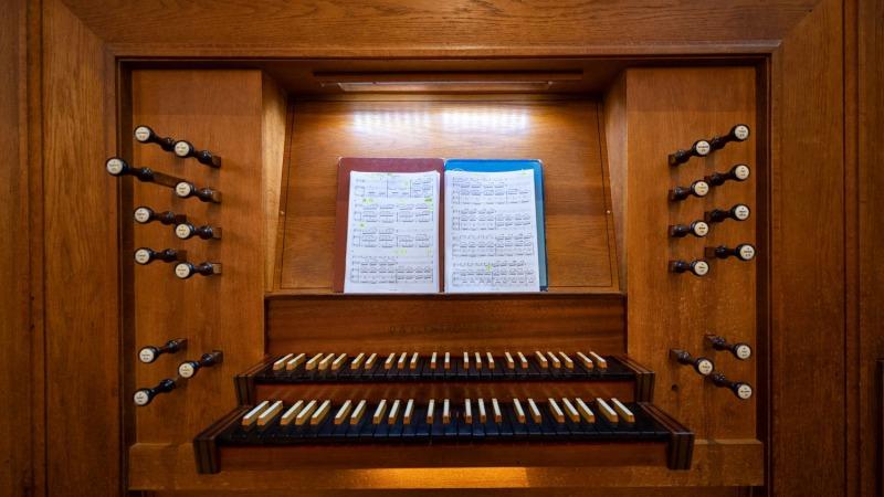 Marktconcert op het Leeuwenberg orgel in de Grote Kerk