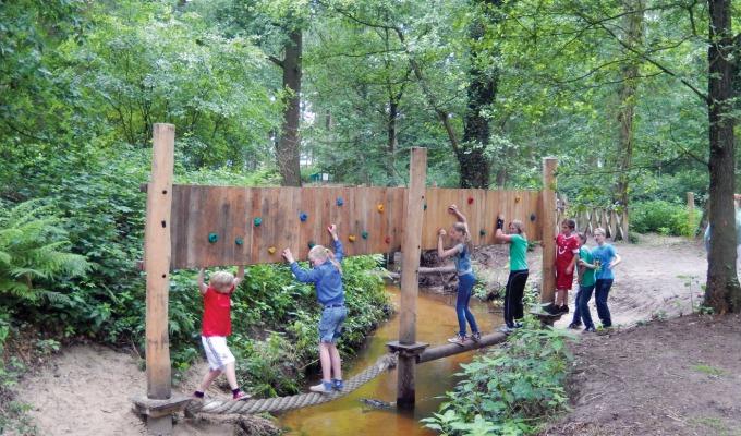 7x favoriete speelbossen en natuurspeeltuinen in Twente