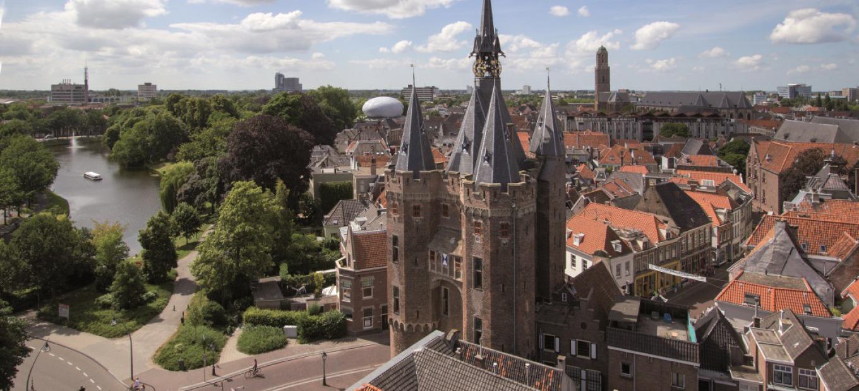 Eeuwenoude Sassenpoort in Zwolle