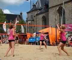 Beachvolleybal op de markt