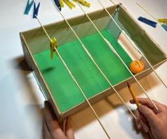 Bouw je eigen mini-voetbaltafel voor kinderen online workshop
