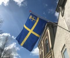 Hang de Oldenzaalse vlag uit
