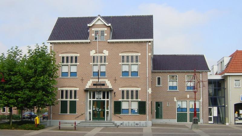 Expositie Piet Lampen