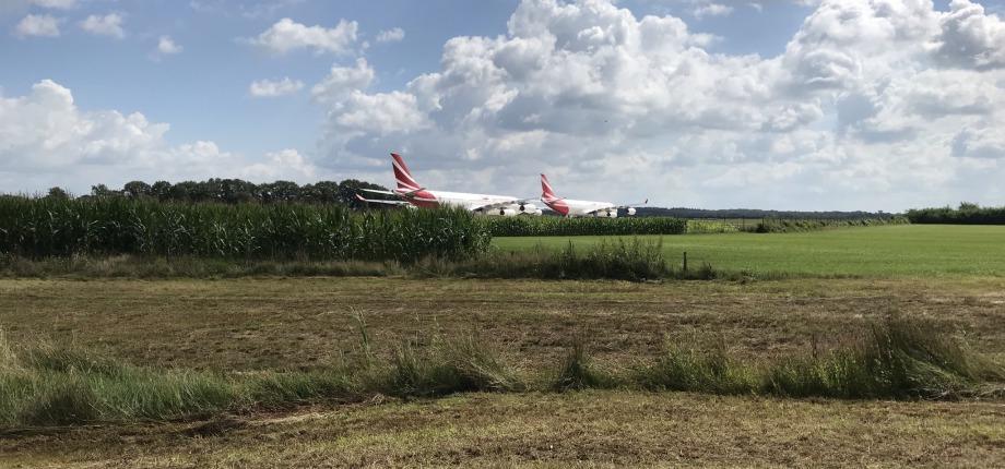 vliegtuigen in het maisland?