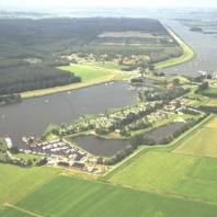 Jachthaven en Camping Roggebotsluis
