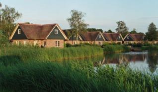 Villapark De Weerribben: 4-. 6-, en 8-persoonsvakantiewoningen met royale tuin in Paasloo, Overijssel