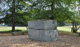 Stèles en Panorama van Rückriem