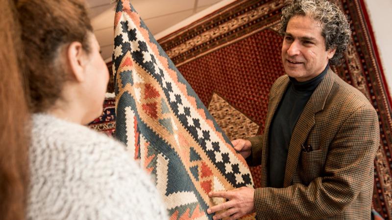 Perzisch Tapijt Taxeren : Golnari perzische tapijten uit in almelo
